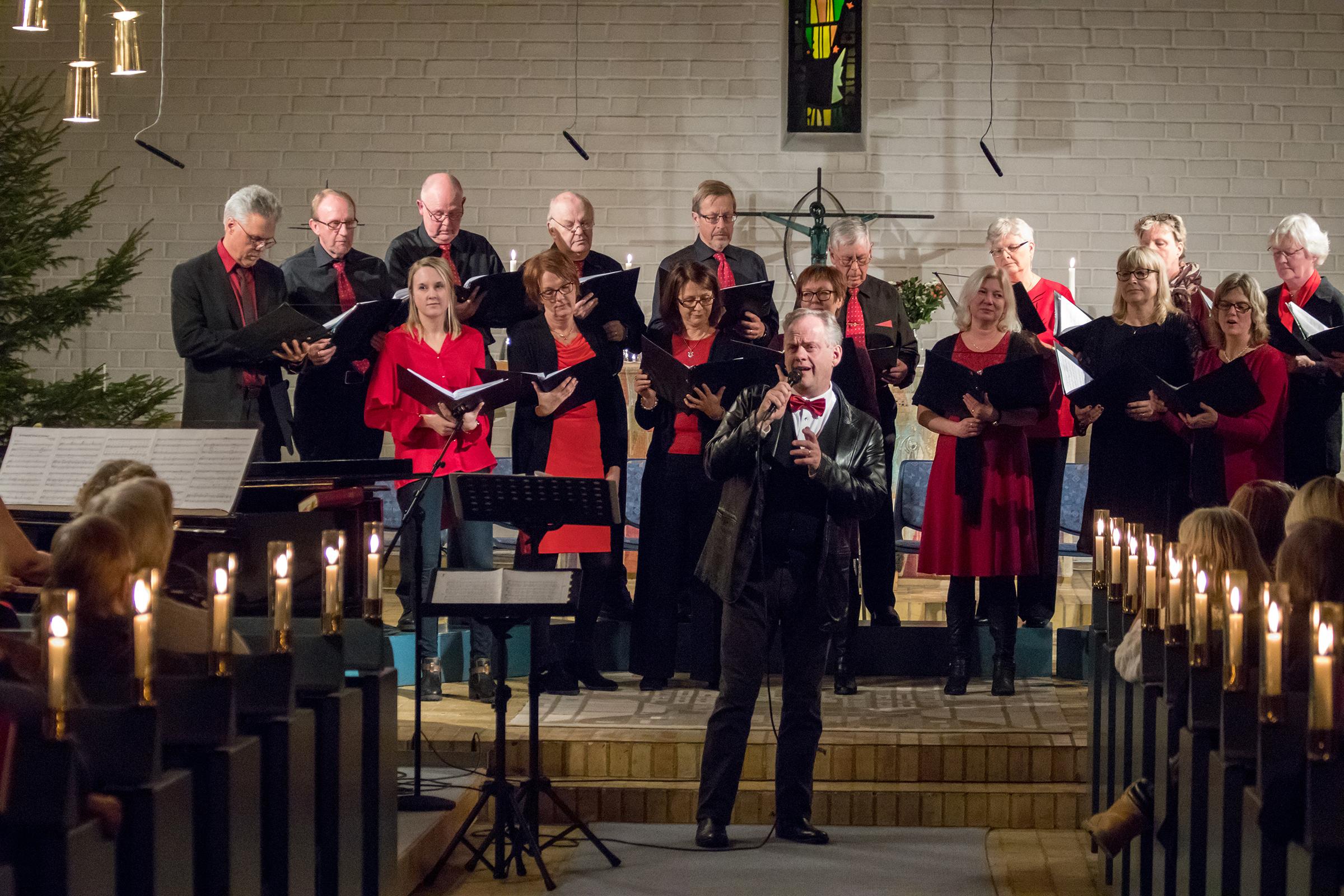 skoghalls-kyrkokor-70ar-31