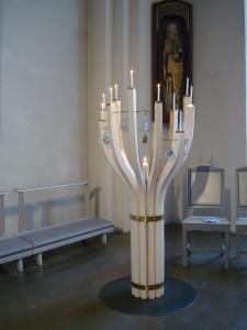 Den nya ljusbäraren i Bollnäs kyrka