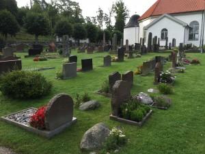 Valla kyrkogård. Foto Carina Etander Rimborg
