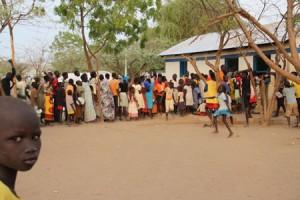 Mottagningscentret i Kakuma. En stor majoritet av flyktingarna från Sydsudan är kvinnor och barn. 20 % av barnen under 18 år är ensamkommande eller på annat sätt skilda från sina föräldrar. Foto: Katarina Ottosson