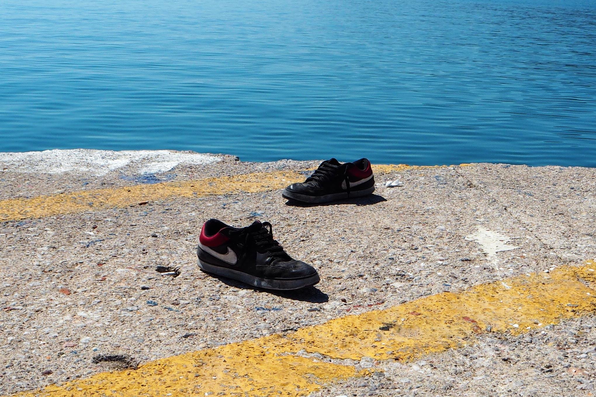 Ingen vet hur många flyktingar som i år har dött på Medelhavet och i livsfarliga transporter på vägar i Europa. Foto: seisenschenk /flickr