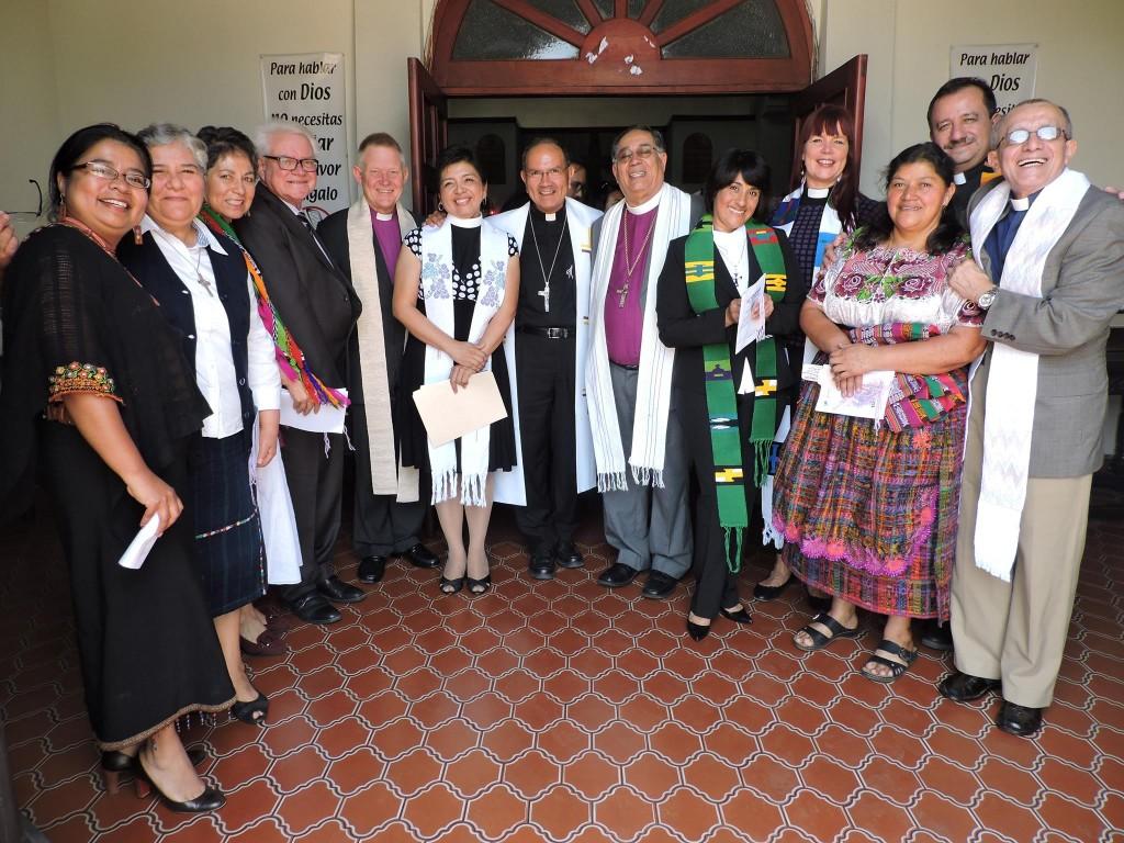 Ekumenisk gudstjänst med ACT Alliance och Guatemalas kristna råd anglikanska kyrkan i Guatemala city.