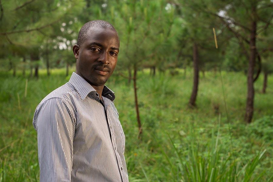 Horace Kamkoto är sedan två år tillbaka koordinator för det klimatarbete som den Lutherska kyrkan driver i Karagwe, Tanzania. Foto: Matua Matheka