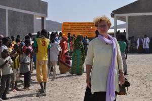 Else Berglund i flyktinglägret i Aysaita, Etiopien. Foto: Therése N. Jonsson